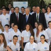 הנשיא פרס, שר החינוך שר פירון ותלמידי תכנית מדעני העתיד