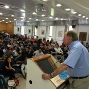 פרופ' איתמר רבינוביץ' מרצה להורים ולתלמידים