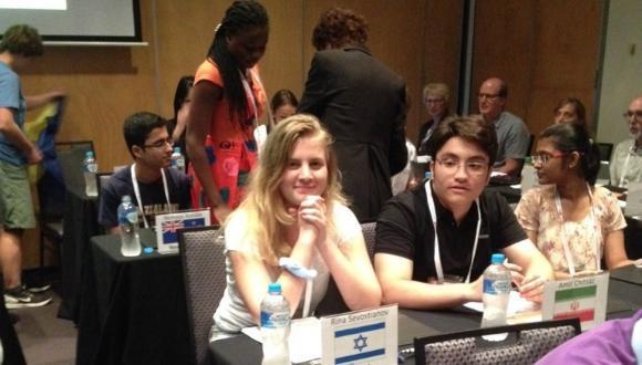 רינה סבוסטיאנוב מאוניברסיטת תל-אביב לנוער במקום השמיני בעולם בתחרות מדעי המוח הבינלאומית