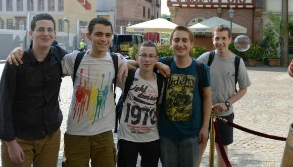 נבחרת אולימפיאדת מתמטיקה מגיעה לאוניברסיטת תל-אביב